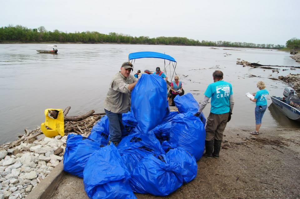 Litter Cleanup Missouri Stream Team 25th Anniversary
